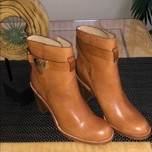 Coach Kasandra Leather Mid-Ankle Boots SZ 6 NEW